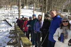2020-02-17_CedarcroftFamilyDay_HikersOnBridge_EvelynRogers